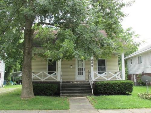 209 E Dayton Street Photo 1