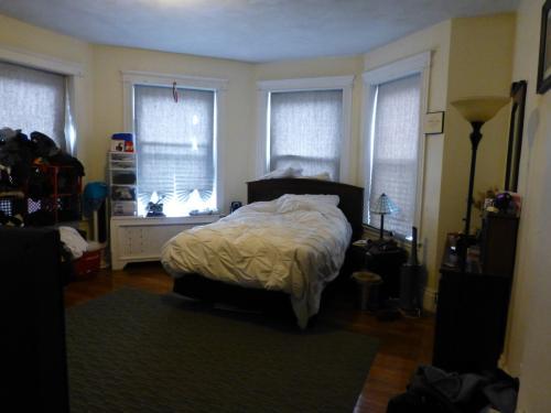 1083 Commonwealth Avenue Photo 1