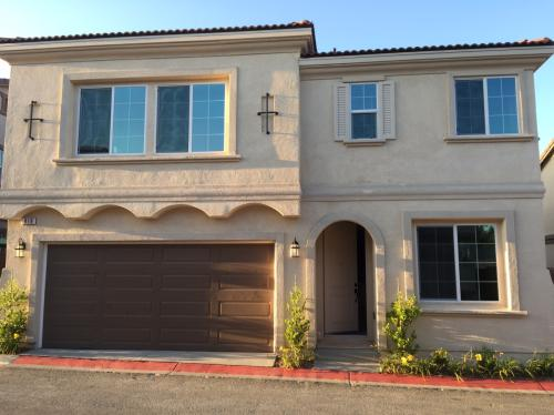 Brand new 2015 Townhome (4bed 2.5ba) located in... Photo 1