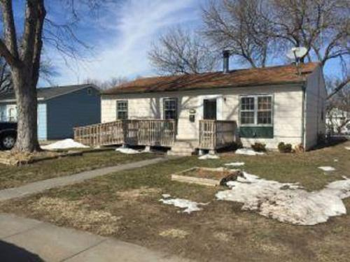Nicely priced 3 bed ranch style home in LaVista Photo 1