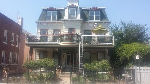 Beautiful Apartment in Historic Victorian Build... 1 Photo 1