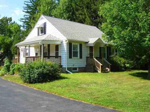 377 Saratoga Road #HOUSE Photo 1