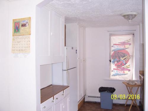 7570 Mayfield Road #2ND FLOOR Photo 1