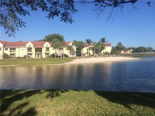 15077 SW 103rd Terrace Photo 1