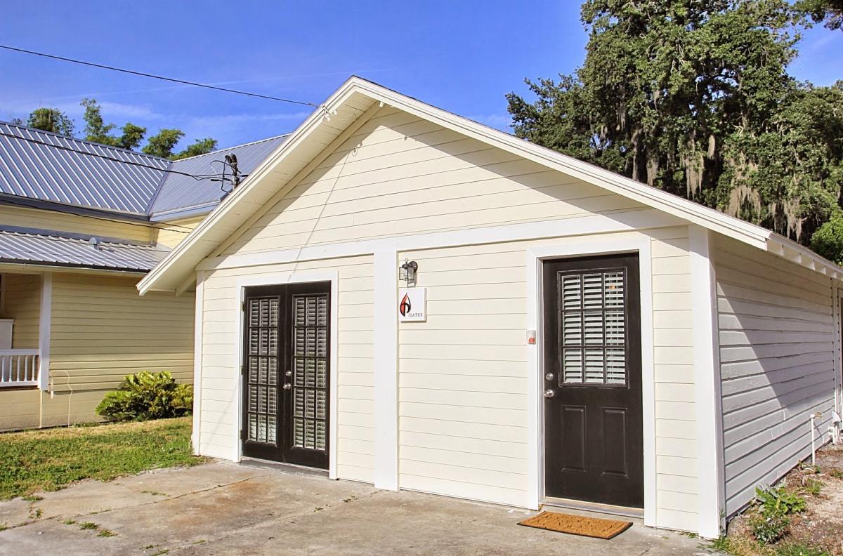 apartment unit guest house at 208 s boyd street winter garden fl