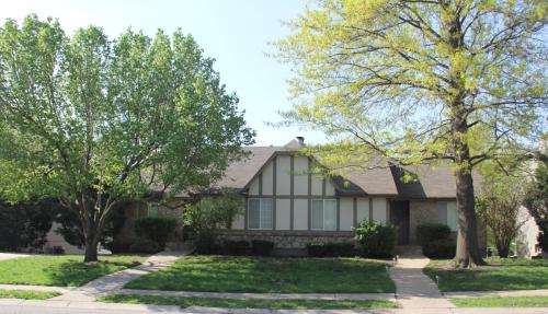 1308 NW Village Dr Photo 1