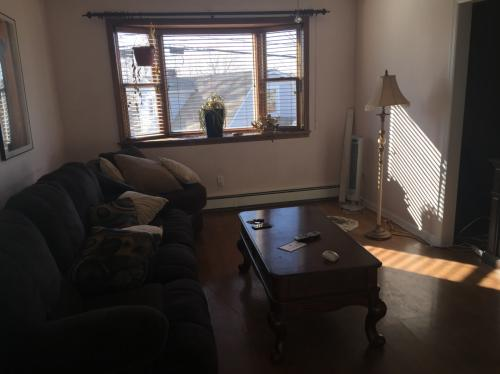 3 bed, $2,300 Photo 1