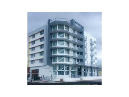 Brand New Building Now Leasing Best Priced Unit... 301 Photo 1