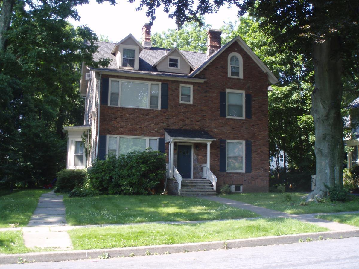 28 Hillside Avenue Apt 4, Montclair, NJ 07042 | HotPads