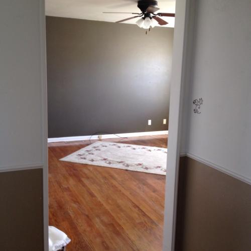 2 bed, 850 sqft, $700 Photo 1