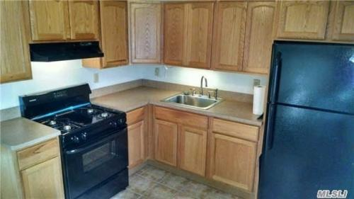 Jr4 Rent in Whitestone on the 2nd Fl. for Rent Photo 1