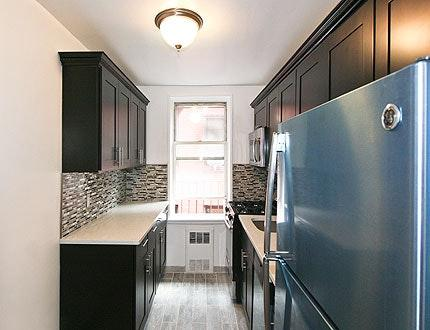 Modern,bright one bed apt Astoria 30 ave Photo 1