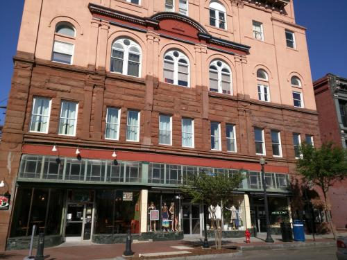 21 N Front St Photo 1