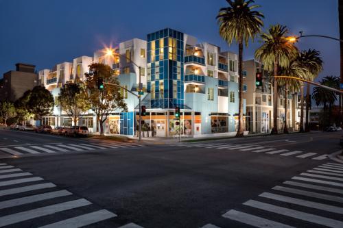 Santa Monica has your New Address Photo 1
