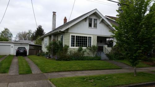 2141 SE 53rd Ave Photo 1