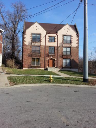 999 Cleveland Avenue #7 Photo 1