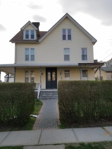3 Bedroom for Rent for $1800 2 Photo 1