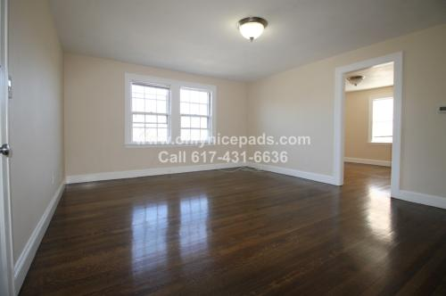 Attractive and modern 2 bed brand new renovatio... Photo 1