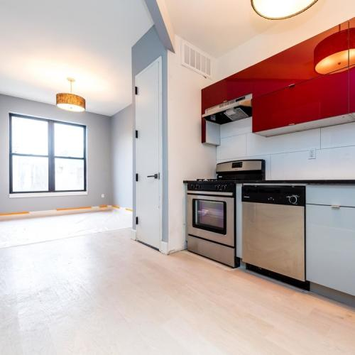 Two bedroom apartment for rent in Williamsburg. Photo 1