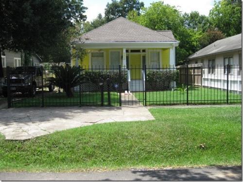 839 Allston Street Photo 1