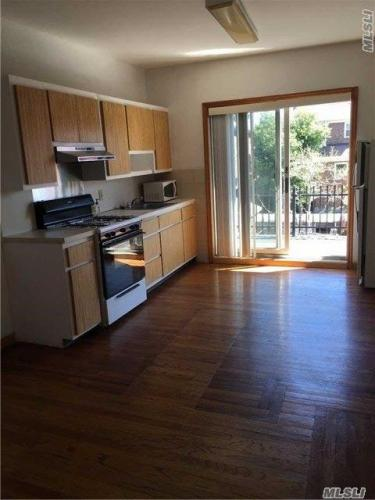 ID #1252588 Lovely Second Floor Apartment For R... Photo 1