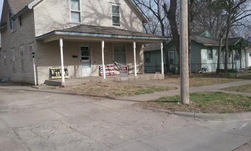 204 Ash Street Photo 1