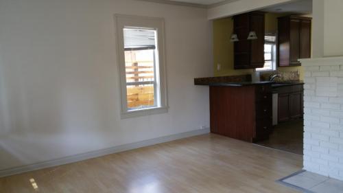 5230 39th Avenue NE Photo 1