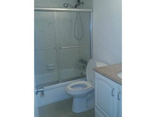 Beautiful Update 1 Bedroom And 1 Bathroom For Rent Photo 1