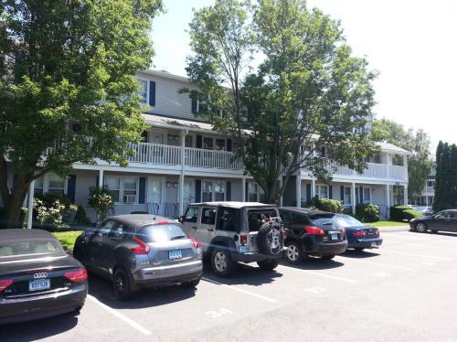 150 Beachview Avenue Photo 1