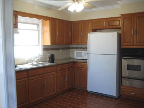 Beautiful 3 Large Bedrooms apartment for Rent Photo 1