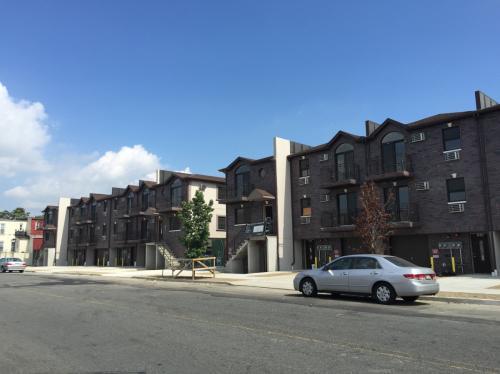 1056 Leland Ave Photo 1