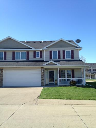 Large 2BR /2.5 Ba Townhouse For Rent With Fire ... Unit 603 Photo 1