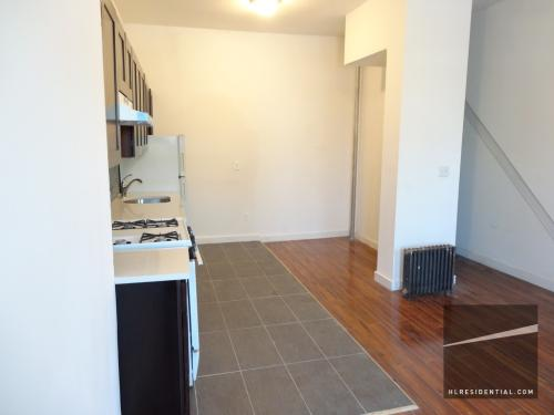 2 bed, $1,900 R1 Photo 1