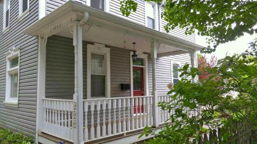 530 Hill St HOUSE Photo 1