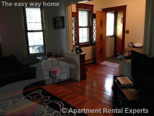 Davis Sq 2 Bedroom - Huge - Hwd Floors - 2 porches 1 Photo 1