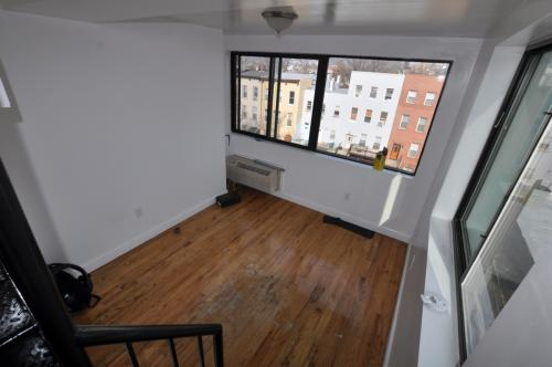 1 bed, $2,030 Photo 1
