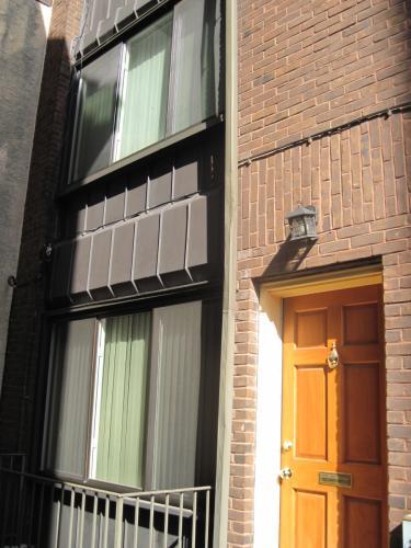 304 Lombard St Rear 2 Photo 1