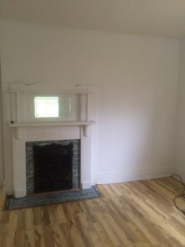 Freshly painted 3 bedroom house 1 Photo 1