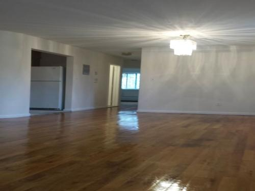 Modern 2 Bedroom**Near St. Johns & Queens Colle... Photo 1