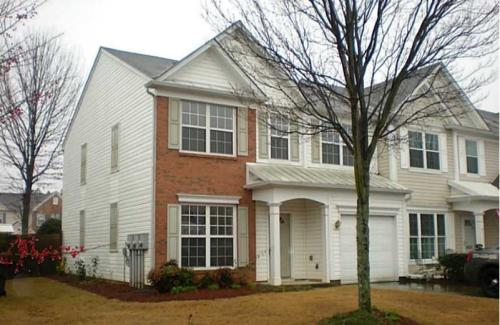 Stunning Spacious END Unity Townhome with Priva... 5457 Photo 1