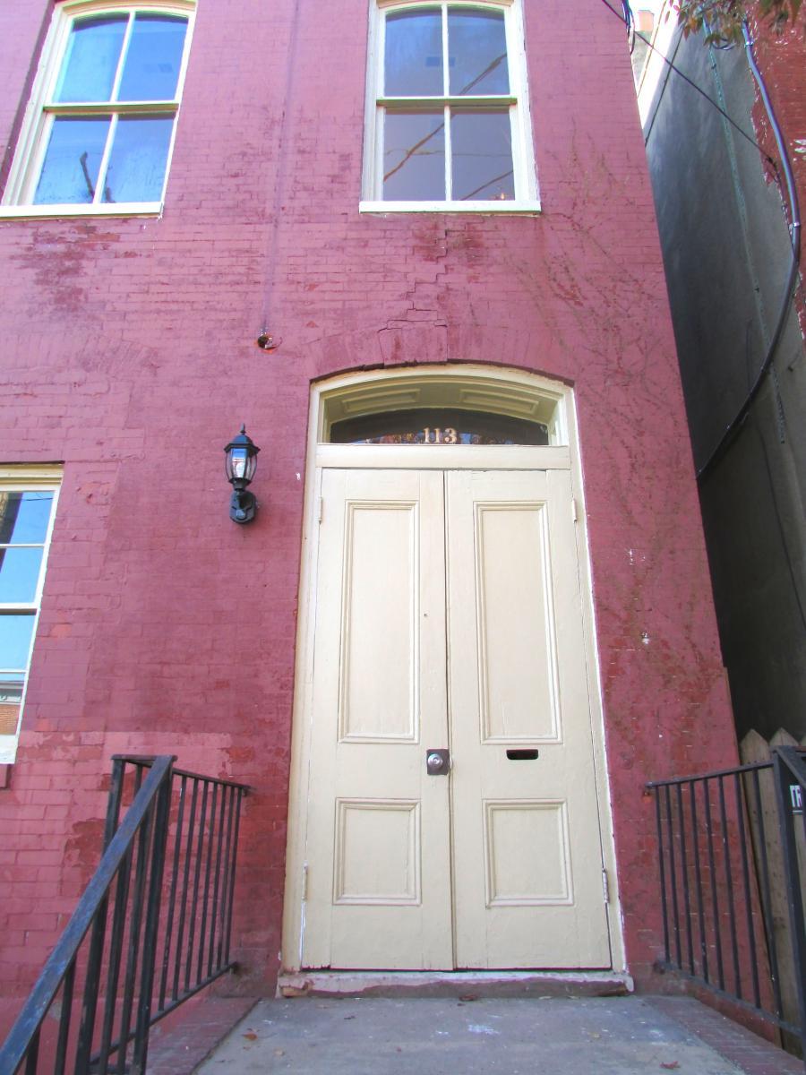 113 E Leigh Street Apt Downstairs Richmond Va 23219 Hotpads