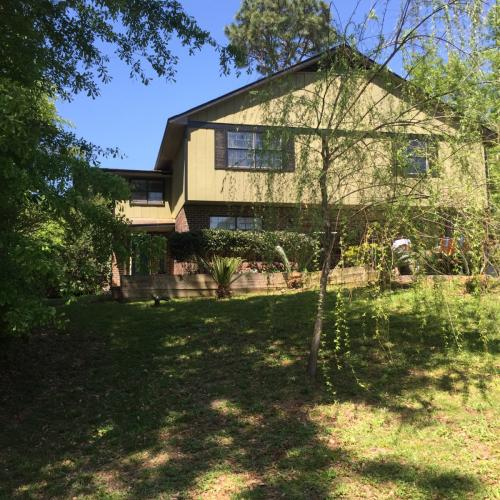 115 Rolling Hill Drive Photo 1