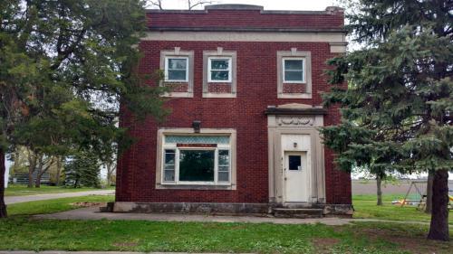 41541 Main St Photo 1