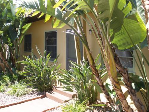 4739 Bermuda Ave HOUSE Photo 1