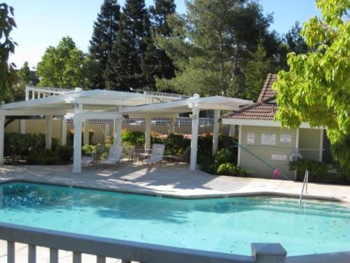 2745 Barrington Terrace Photo 1