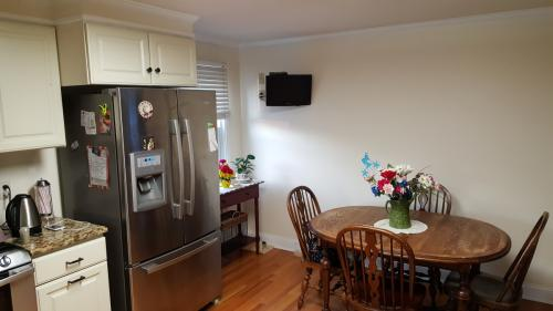 East Haven 3 Bedroom Available July 2 1 Photo 1