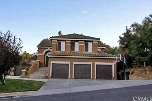 Gorgeous, Secluded Chino Hills Pool Home in Awa... Photo 1