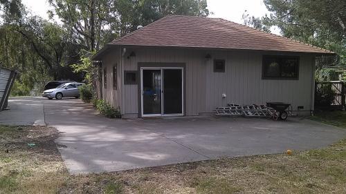 2531 Heide Court Photo 1