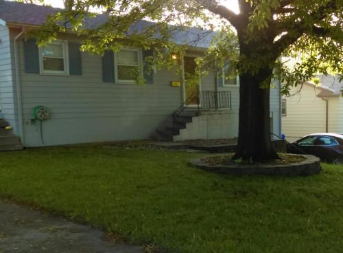 8804 Pine Drive Photo 1