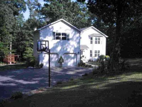 44698 Boxwood Drive Photo 1